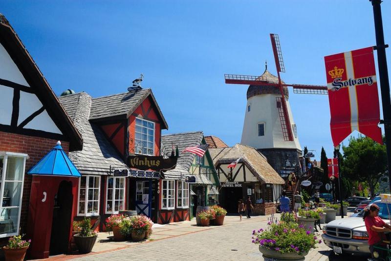 第六天   驱车前往旧金山并游览丹麦村